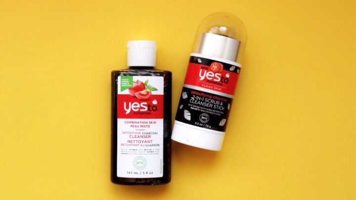 YES TO TOMATOES DETOXIFYING CHARCOAL CLEANSERS